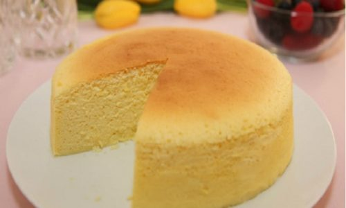 Cách làm bánh bông lan bằng nồi cơm điện thành công 100%