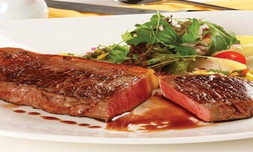 Cách làm bò bít tết sốt tiêu đen chuẩn vị Âu ăn cực đã