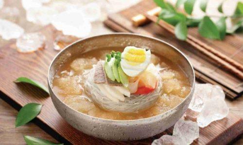 Trổ tài bếp núc với cách làm mì lạnh Hàn Quốc chuẩn vị như nhà hàng