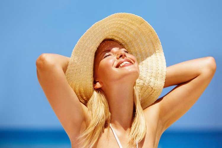 Spa Eros Việt Nam giải đáp câu hỏi dùng kem chống nắng hàng ngày có hại da không