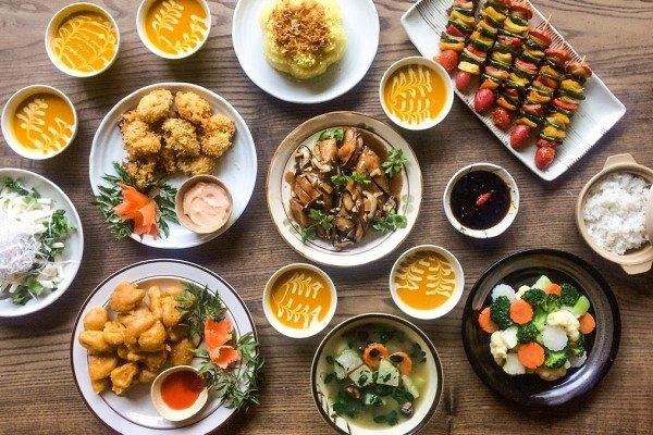 Các món ăn đãi tiệc tân gia