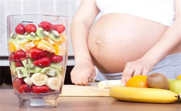 Nước ép hoa quả - đồ uống mát cho bà bầu