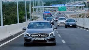 2 - Lái xe đường dài ngồi thế nào cho đúng tư thế?