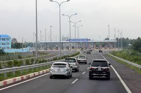 5 - Làm thế nào để lái xe an toàn trên đường cao tốc