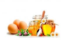 Hướng dẫn cách làm mặt nạ trứng gà mật ong hiệu quả tại nhà