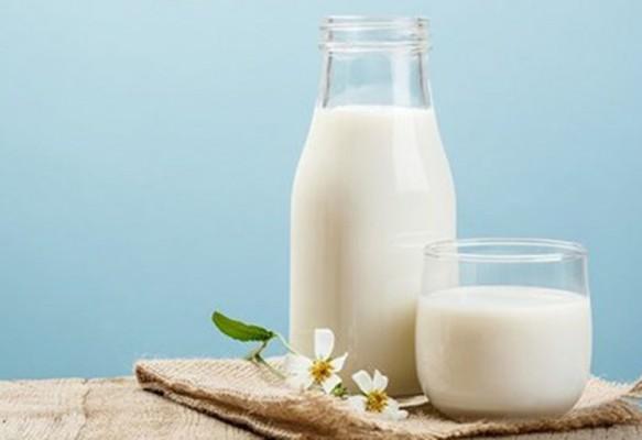 Cách trị thâm do mụn bằng sữa tươi