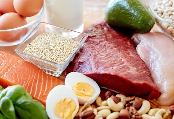 Chế độ dinh dưỡng hàng ngày quyết định 80% cách chăm sóc da sau sinh