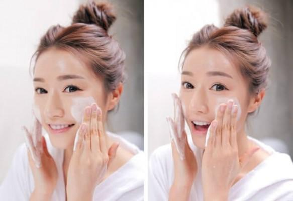 Cách chăm sóc da sau sinh bằng bước làm sạch da